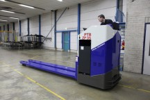 PTB Special ontwikkelt speciale High-Speed pallettrucks'